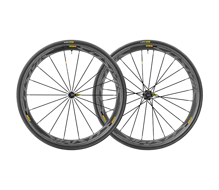 Mavic Cosmic Pro Carbon SL UST Disc Road Bike Wheelset and Tires