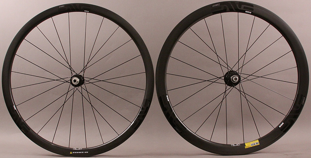 Enve SES 3.4 Carbon Clincher Disc Wheelset Industry 9 Torch Hubs