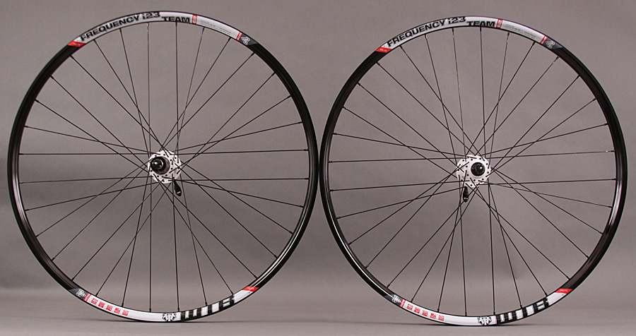 WTB Frequency I23 TCS Tubeless 29er Wheelset SRAM X9 White Hubs