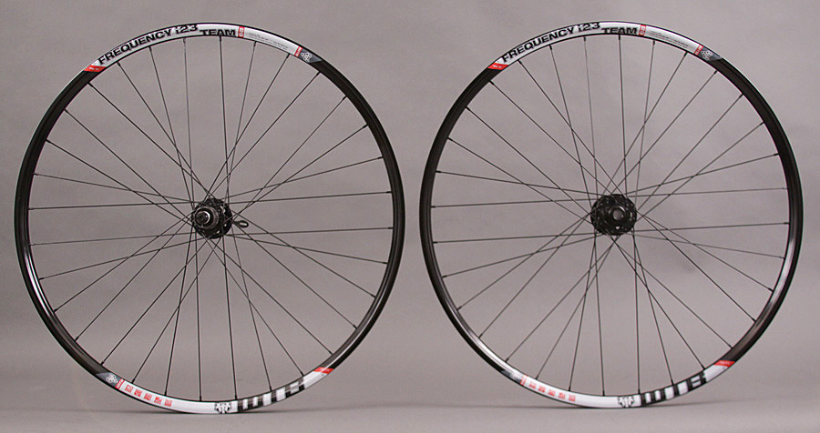 WTB Frequency I23 Tubeless 29er SRAM X9 15mm Thru Axle Wheelset