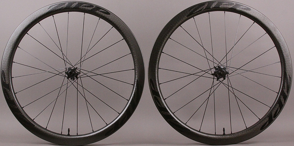 2017 Pre Owned Zipp 303 Tubeless 6 Bolt Disc Road Bike Wheelset