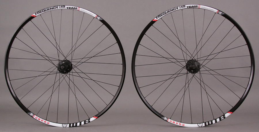 WTB Frequency i19 TCS 29er Wheelset XT 6 Bolt Disc Hubs
