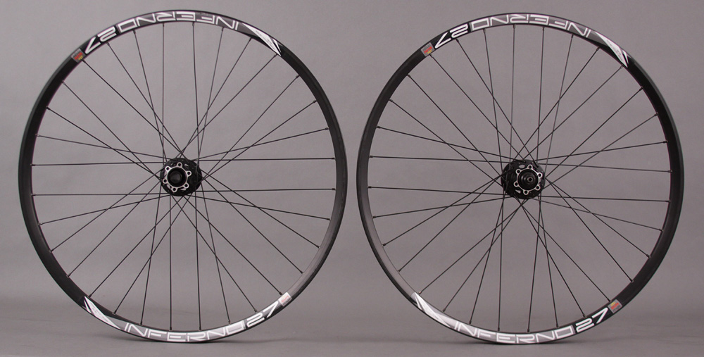 Sun Inferno 27 650B Wheelset Black 15mm thru axle Front QR R 32H