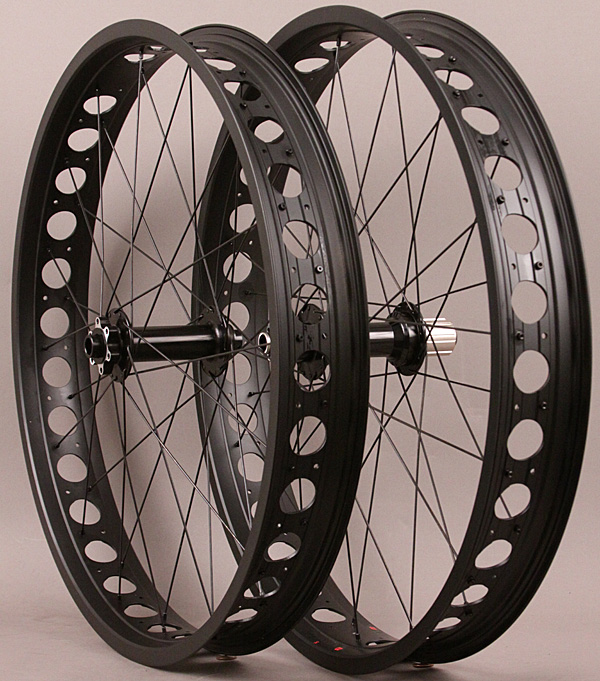 Fat Bike Wheelset 80mm rims Thru Axle 150mm front 190mm Rear