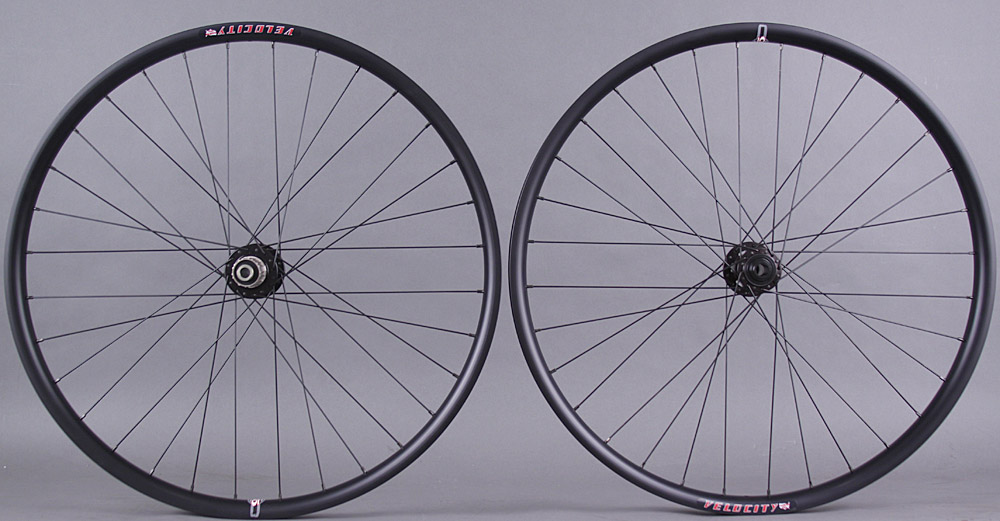 Velocity Dually 29er Wheelset Novatec 4 in 1 Hubs thru axle & QR