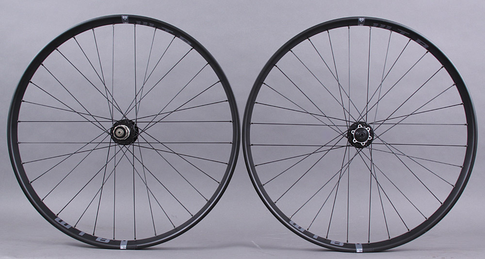 WTB Asymmetric I35 27.5 650b Wheels Novatec 4 in1 Hubs thru & QR