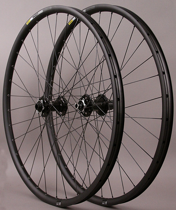 Mavic EN827 TCS 29er Mountain Bike BOOST Wheelset Novatec Hubs