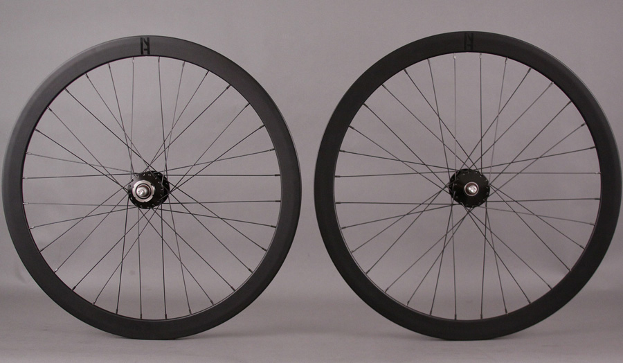 H Plus Son Formation Face Black Phil Wood Track hubs Wheelset