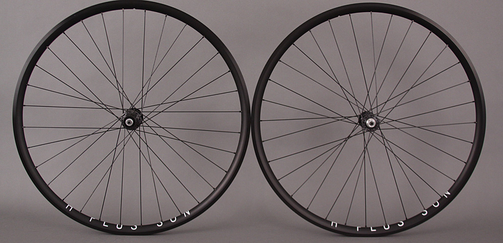 H Plus Son Archetype Road Bike Wheelset DT Swiss 370 Hubs 32h
