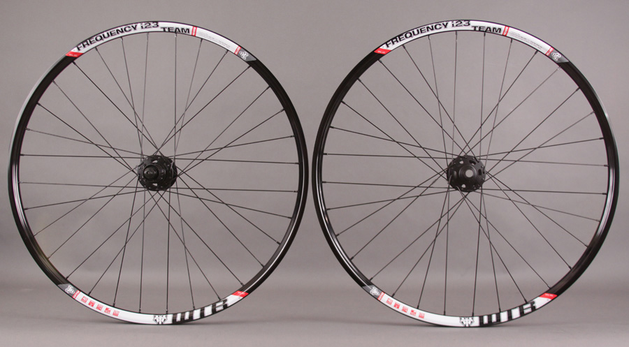 WTB Frequency I23 TCS 650b Wheelset Shimano XT Hubs 15mm thru