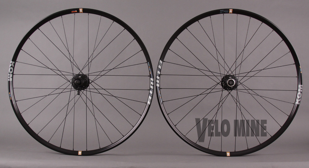 WTB KOM I25 TCS 650b Wheelset 15mm Thru Front - QR Rear