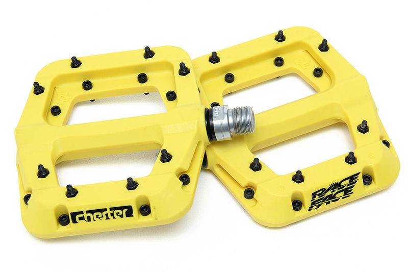 "Race Face Chester Composite Platform Pedals: 9/16"" Yellow Pair"