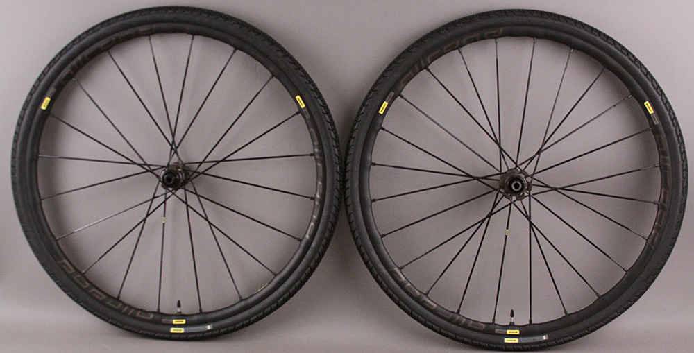 Mavic AllRoad Pro UST Disc Tubeless Gravel Demo Wheels/Tires