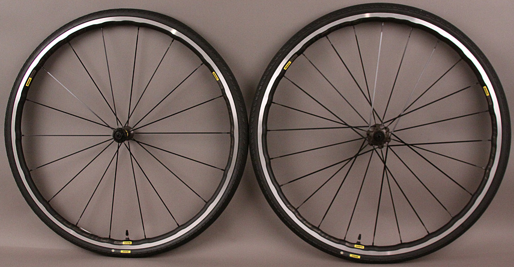 DEMO Mavic AllRoad Elite UST Tubeless Gravel Bike Wheelset Tires