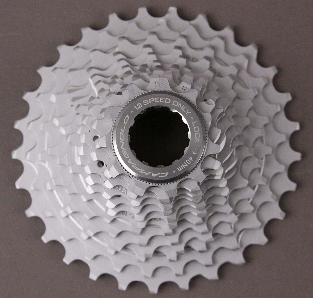 2019 Campagnolo Chorus 12 speed cassette 11-34 w/ lockring