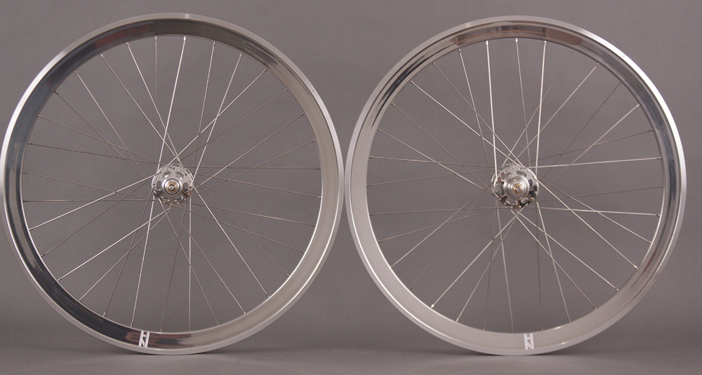H Plus Son Formation Face Silver White Ind Track hubs Wheelset