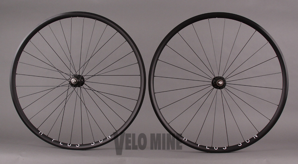 H + Plus Son Archetype Black Phil Wood Track hubs Wheelset
