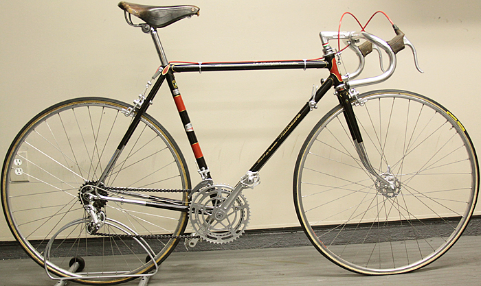 Early 70s Motobecane Le Champion Campagnolo Record Stronglight