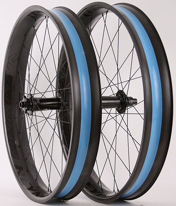 Reynolds Dean Carbon Fat Bike Wheels Industry Nine Hubs 150/177