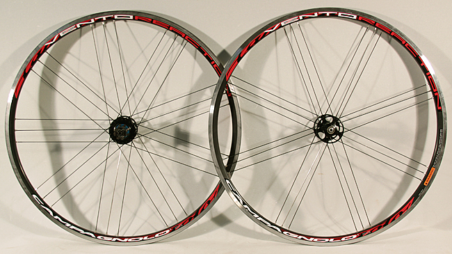 New Campagnolo Vento 700c clincher wheelset 9,10, 11 speed